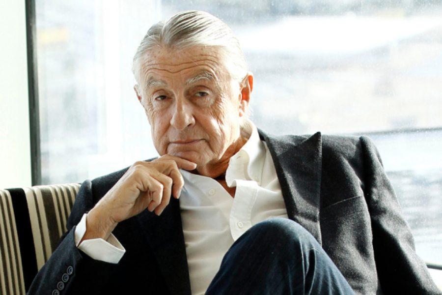 JOEL SCHUMACHER MUERE A LOS 80 AÑOS